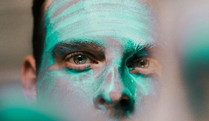 Vårda hyn med ansiktsmask